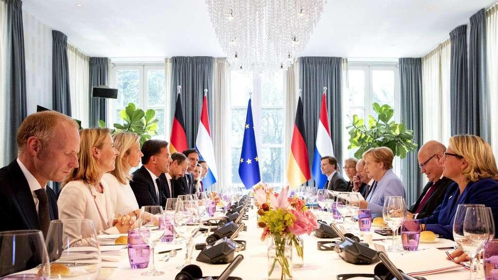 Klima: Gemeinsam gegen Klimawandel: Merkel reist in die Niederlande