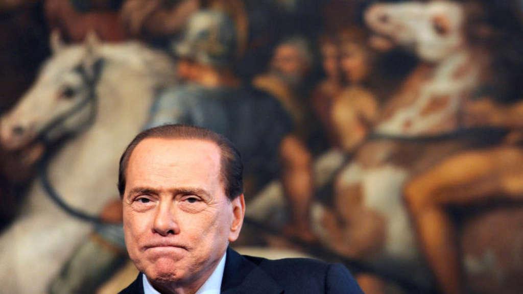 Berlusconi positiv auf Corona getestet