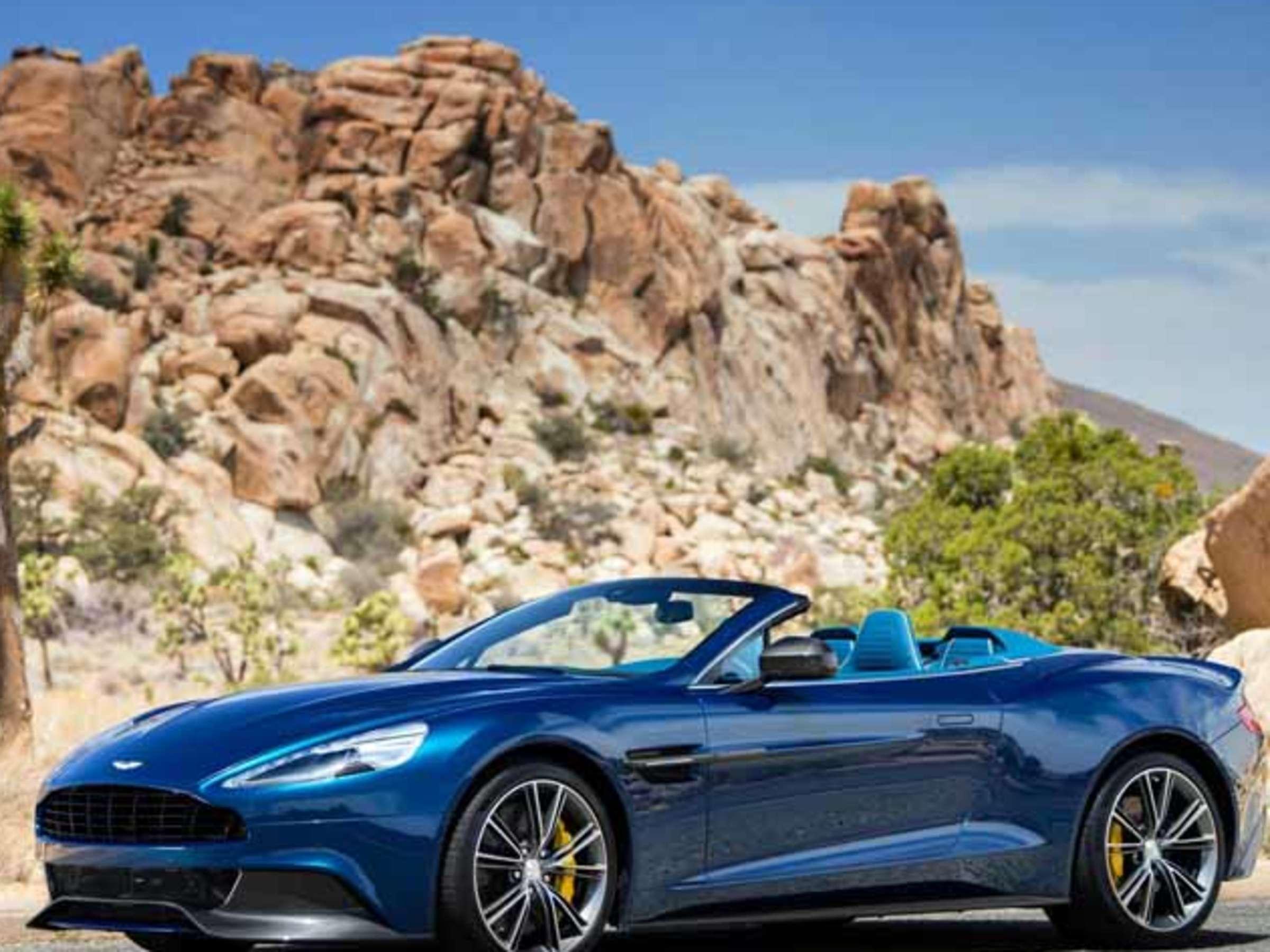 Aston Martin Vanquish Volante 573 Ps Luxus Supersportler Endlich Mit Faltdach Auto