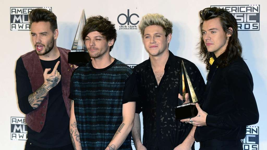 American Music Awards ehren Paris-Opfer - und One Direction