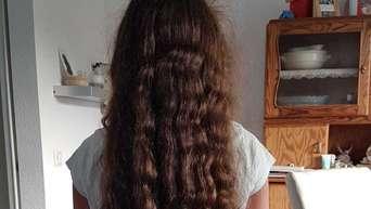 hüftlange haare