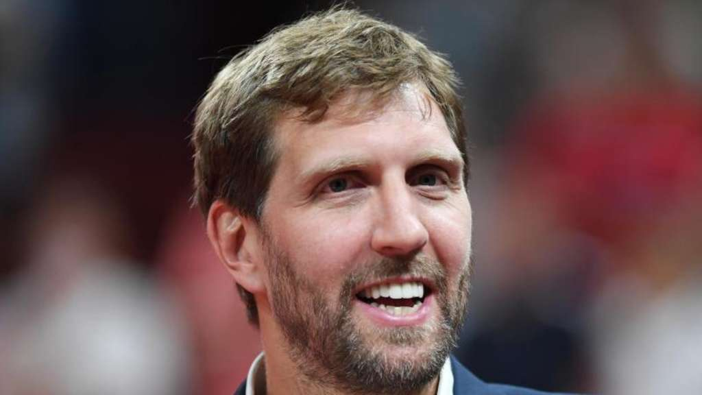 "Teil der Olive Street in Dallas in ""Nowitzki Way"" umbenannt"