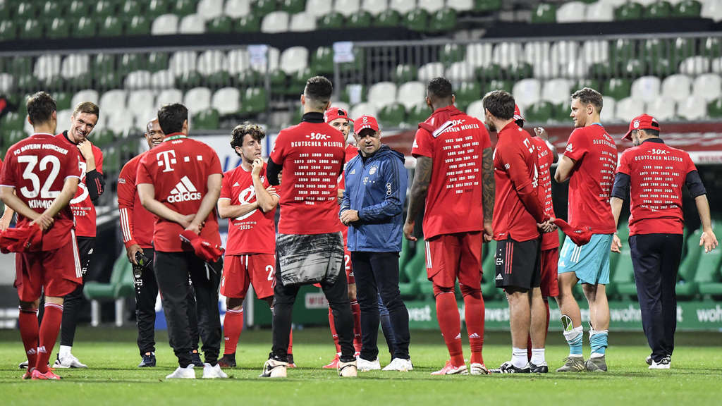 Teamplayer: FC-Bayern-Meistertrainer Hansi Flick. FOTO: DPA